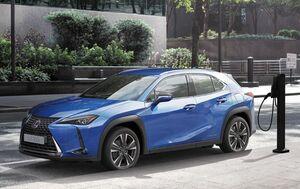 レクサス・ブランド初の市販EV「UX300e」が2020年度限定販売135台分の商談申込み受付を開始