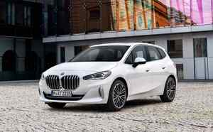 BMWの革命児はどう進化する!?MPVの2シリーズアクティブツアラーの新型が欧州でお披露目に