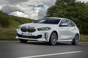BMW、FFホットハッチのニューモデル「128ti」をニュルブルクリンク・ノルドシュライフェで最終テスト