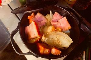 絵本で見た料理はどうしてあんなに美味しそうに見えるのか!? キャンプツーリングで勝手に再現キャンプ飯
