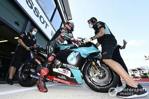 MotoGPカタルニアFP1:ヤマハ勢好調、クアルタラロ首位。ドヴィツィオーゾ2番手で追う。中上貴晶は11番手