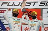 スーパーGT第2戦富士:60号車SYNTIUM LMcorsa劇的優勝。レース終盤、52号車埼玉トヨペットGBにまさかのトラブル