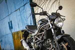 コーナリングに裏の顔。スズキ『SV650』は優しさの奥に大型バイクの鋭さが潜んでる!?【SUZUKI SV650/試乗レビュー(4) スポーツ編 】