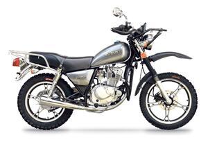 スズキ「GN125」はグアテマラで独自の進化を遂げていた! 派生モデルも興味深い【小松信夫の気になる日本メーカーの海外モデル Vol.6】