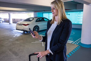 メルセデス・ベンツとボッシュがシュトゥットガルト空港への完全自動パーキング導入を計画中!