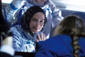 女性宇宙飛行士の葛藤と親子の絆を描く『約束の宇宙』