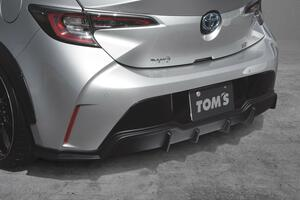 トムスが手掛けるカローラスポーツ「スタイリングパーツシリーズ」に純正マフラー用リヤバンパーディフューザーをラインアップに追加