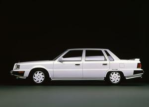 80年代に流行した「カクカク」デザイン!「直線基調」過ぎたスポーティカー5選