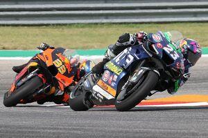 """【MotoGP】バスティアニーニ「""""一端""""のMotoGPライダーになった感じ」2年落ちマシンで3位獲得など進化中"""