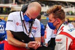シューマッハー「初めてQ2に進出できたので、かなりいい週末だった」:ハース F1第7戦決勝