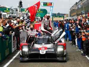 トヨタTS050 HYBRID 8号車がル・マン3連覇を達成、7号車はまたもや不運の3位【モータースポーツ】