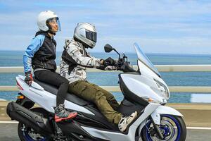 """《高速&タンデム編》バーグマン400の""""400ccスクーター""""ならではの快適性は、街乗りよりもツーリングが本領?【個人的スズキ最強説/SUZUKI BURGMAN400 試乗インプレその(3) 】"""
