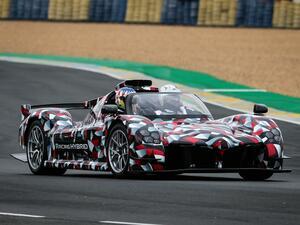「トヨタGR Super Sport」の試作車が突如ル・マンのサルテサーキットに登場