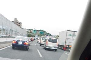 コロナ禍で移動に変化はあった? 自家用車、新幹線、飛行機の動きの変化