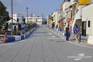 島根県江津市での日本初の公道レース、ついに開催日……昼からのレースに向け、準備進む|A1市街地グランプリGOTSU 2020