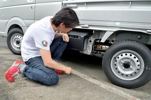 ヨシムラ「Slip-On Ovalサイクロン」を装着したスーパーキャリイに試乗
