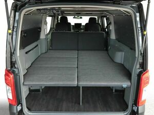 トランポをもっと快適に、既存モデルより6cm広いベッド上空間