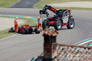 FP1で接触のオコンとペレス、お互い処分はなし。大規模な通信トラブルが事故の遠因に|F1エミリア・ロマーニャGP