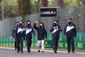 反省点はポジション取り。角田裕毅「よりアグレッシブに、順位を上げるスタートをしたい」/F1第2戦直前インタビュー