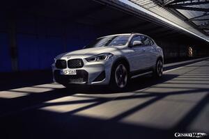 BMW、ニューカラーと特別装備を満載した「X2 M メッシュエディション」を英国に投入