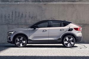 ボルボが欧州市場で新型電気自動車「C40 Recharge」の受注を開始
