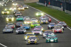 【GT3レースとして再出発】ドイツ・ツーリングカー選手権(DTM)2021 注目すべき理由 女性レーサーも