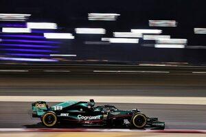 """アストンマーティンF1代表、""""ローレーキ・マシンに不利な""""新規則に苛立ちも「メルセデスを参考にしつつ挽回を図る」"""