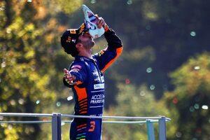 リカルドが2018年以来の優勝「落ち込んだこともあったが、心の底で自分を信じていた」マクラーレン/F1第14戦