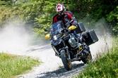 進化が止まらないアドベンチャーバイク BMW Motorrad「R1250GS Adventure」誕生40周年記念モデルに乗る