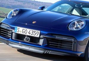 GT-R ロードスター デリカD:5… 圧倒的個性を誇る現行国産車&輸入車10選