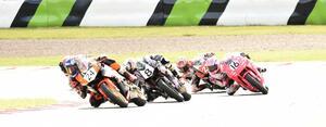 <全日本ロードレース> 梶山采千夏、逆転チャンピオン!~WebオートバイはJP250を熱烈応援します