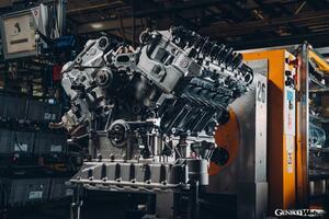 ベントレー マリナー バカラル、生産第1号車のテストが完了。659psを発揮する強化型6.0リッターW12が完成するまでを追う