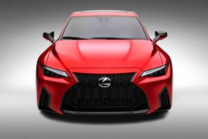 V8自然吸気エンジン復活! 新型レクサスIS500 Fスポーツ・パフォーマンス登場