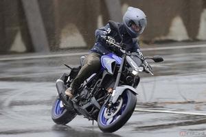 ヤマハ「MT-03」はパワーと軽さが武器! 250クラスの車体に排気量320ccのエンジンが効いている!?