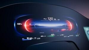 ダッシュボード全面がスクリーン! メルセデスの最高級EV「EQS」の超ハイテク内装が先行公開される