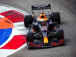 F1ロシアGP予選、フェルスタッペンが2番グリッド獲得、ポールのハミルトンに対してタイヤアドバンテージも【モータースポーツ】
