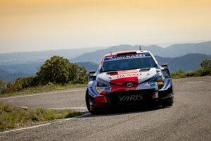 エバンスが総合2番手、オジエ3番手に「初日からエキサイティングな展開」とラトバラ/WRCスペイン