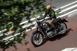 カワサキ「MEGURO K3」2022年モデル登場 日本の大型スポーツバイクの歴史を紡ぐネイキッドモデル
