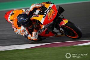 【MotoGP】ポル・エスパルガロ、RC213V初乗りに「KTMとはぜんぜん違う!」初日内容には満足げ|カタールテスト