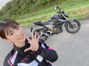初めての油冷エンジンの感想は…?? SUZUKI ジクサー250【ほぼ月刊「梅本まどかとオートバイ」vol.27 】