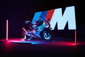BMWバイク初のMモデルが日本上陸へ! 新型M 1000 RRに注目!