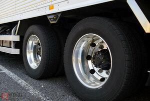 「すり減った冬用タイヤは使用禁止」国交省が明文化 バス・トラック事業者向け