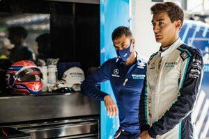ラッセル「走行ラインが乾き始めるとタイヤの摩耗が激しくなり、難しさが増した」:ウイリアムズ F1第16戦決勝