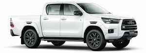 トヨタ、ハイラックスに「GRスポーツ」追加 専用のオーバーフェンダー採用