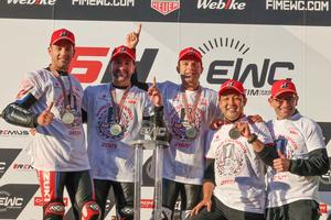 【スズキ】ワークスチーム「ヨシムラ SERT Motul」が FIM 世界耐久選手権で年間チャンピオンを獲得!