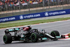 レッドブルF1代表、ハミルトンのピットストップに疑問なし「タイヤにはブリスターがあり、タイムを失っていた」