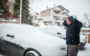 冬になると散布される融雪剤って何?