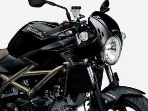 【スズキ】カフェレーサースタイルのミドルネイキッド「SV650X ABS」のカラーリングを変更し1/28に発売