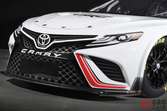 トヨタ次世代型「TRDカムリ」世界初公開! めちゃ速そうなNASCAR仕様を米国で発表へ