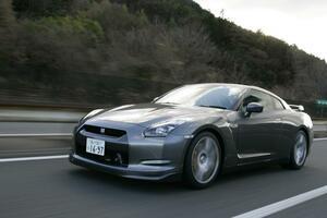 13年落ちなのに400万円から! R35 GT-Rの「初期型」中古は買う価値ありか?